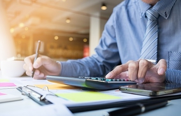 Experts scrutinise inconsistent accounting standards