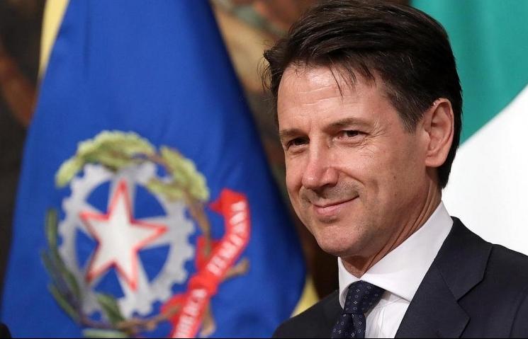 Italian Prime Minister begins official visit to Vietnam
