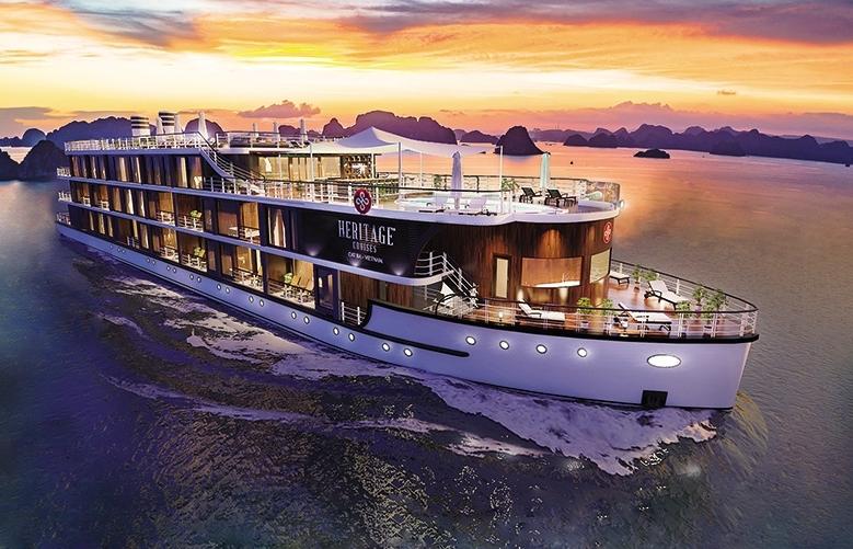 Overnight cruise in Halong Bay