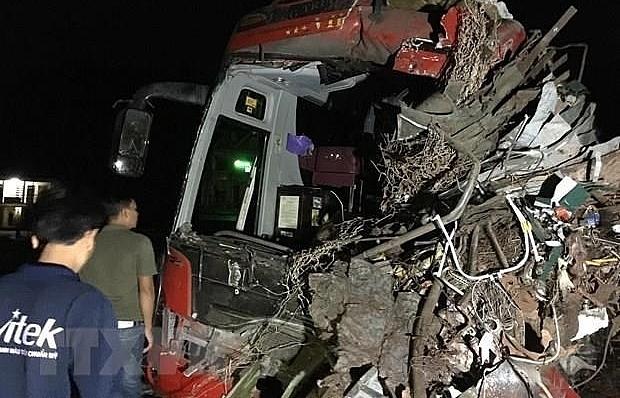 Deputy PM requests post-road traffic accident settlement in Hoa Binh