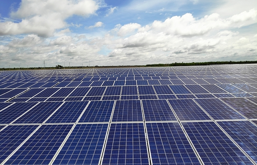 BCG-CME solar power plant begins commercial operation in Long An