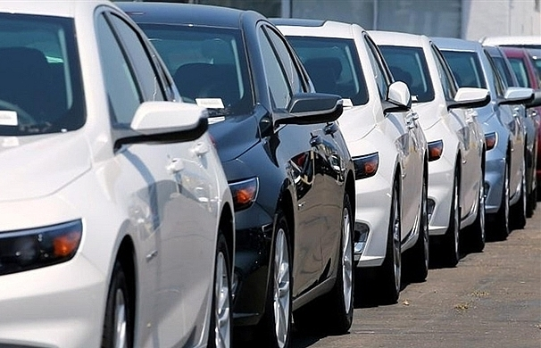 Discount paradise for auto buyers