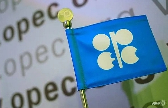 OPEC, allies meet to discuss output cuts