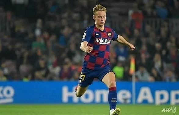 Barcelona star De Jong relishes return of La Liga title race