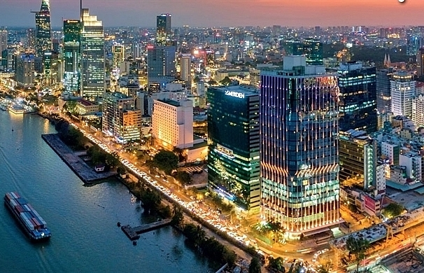 Japanese investors lead M&A in real estate market