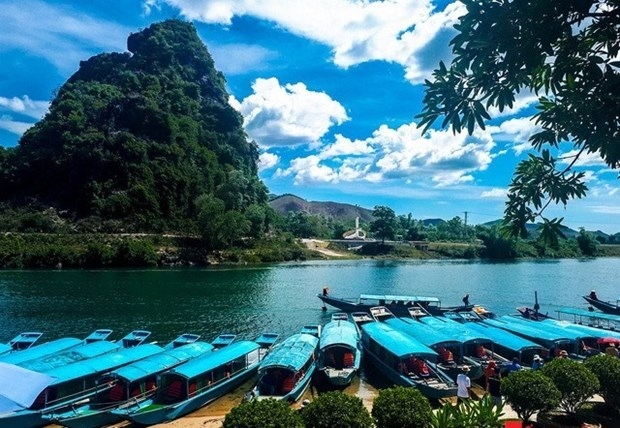 Quang Binh offers large discounts to boost tourism