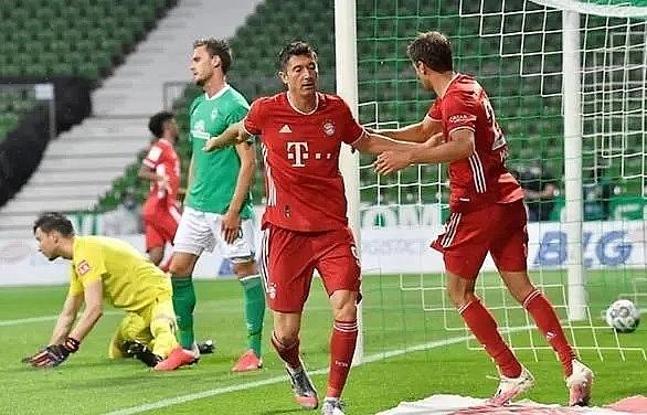 Bayern win eighth straight Bundesliga title, Paderborn relegated