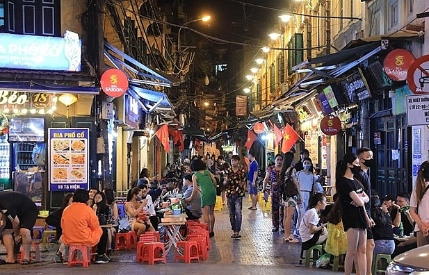 Experts: Night-time economy expected to boost Hanoi tourism