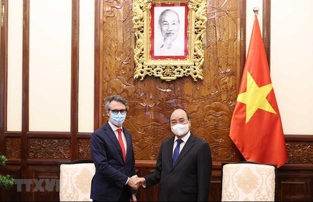 EU Ambassador willing to help Vietnam access COVID-19 vaccine sources