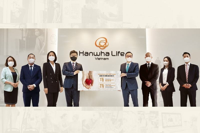 hanwha life vietnam supports community and sales force with 130430 against covid 19