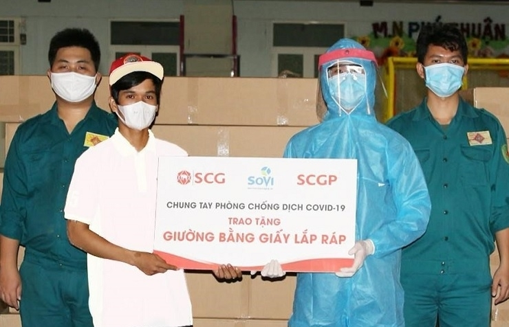 SCGP hands over unique paper innovations to support COVID-19 fight