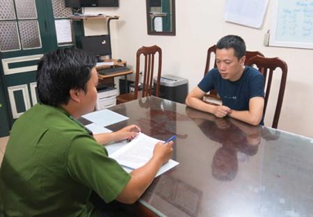 HCMCity, Ha Noi police smash gambling rings