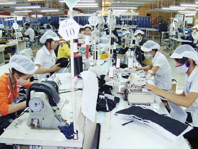 Garment, textile tech companies bank on Vietnam