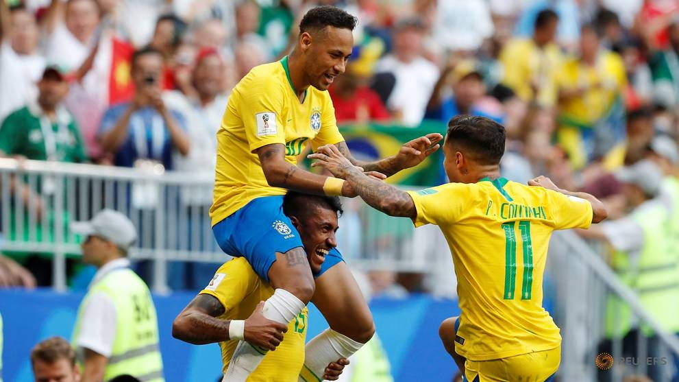 world cup neymar shines as brazil beat mexico 2 0 to reach quarter finals