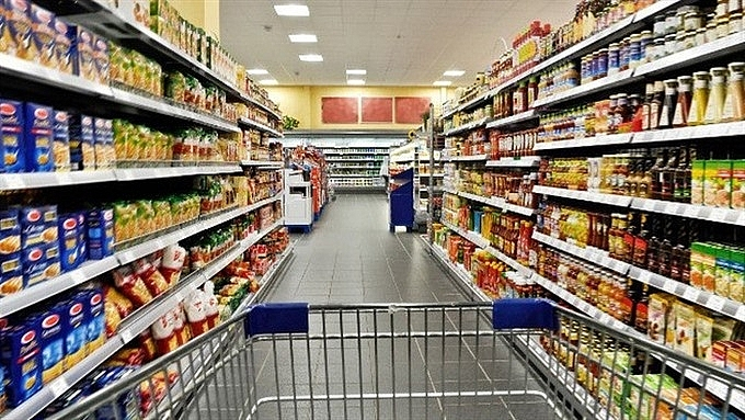 vn consumers spend less on fmcg