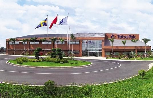 Hyper-modern factory for silver jubilee