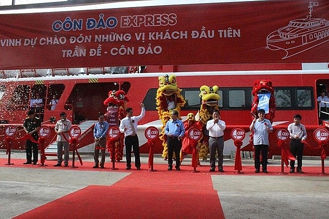 vietnams largest twin body speedboat launched from soc trang to con dao
