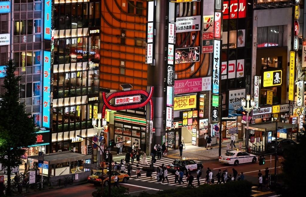 Tokyo stocks open higher on virus hopes
