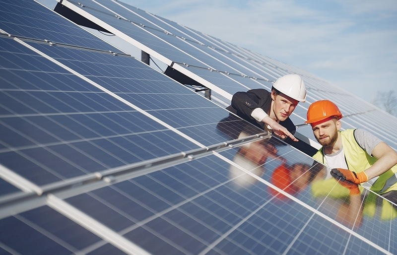 Companies continue opting for rooftop solar solutions