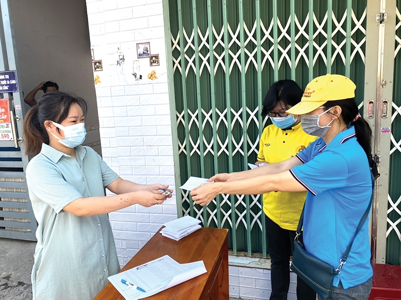 Women fight to make use of targeted pandemic support
