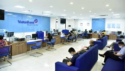 Vietinbank's transaction office during working hours. The bank shares fell 7 per cent, the biggest daily losses, on Monday. - Photo courtesy of Vietinbank