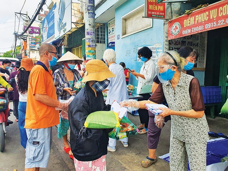 Local charity groups mobilised their members to distribute money and food