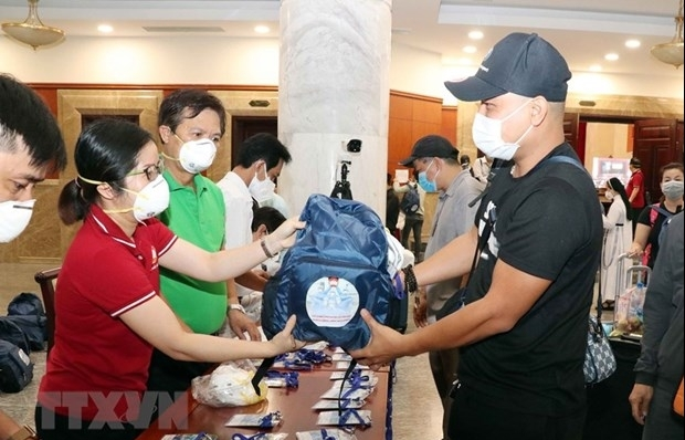 HCM City welcomes volunteers to relieve overwhelmed health care system
