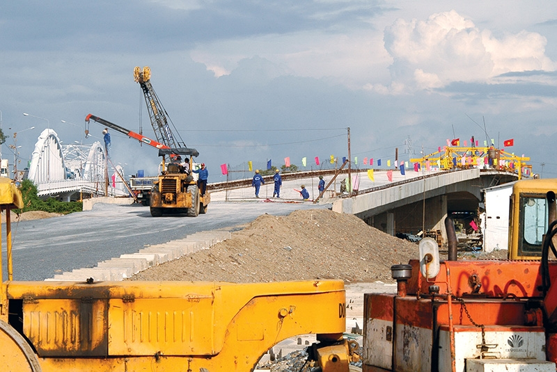 Many infrastructure ventures were completed in the 2016-2020 period, but more investment is required to push on with current initiatives, Photo: Le Toan