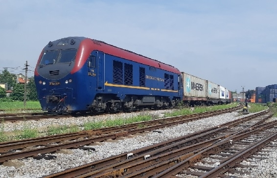 Direct EU-Vietnam cargo train heralds in new prospects for the railway industry