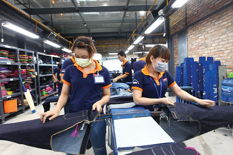 Textile groups are looking for a clearer path towards financial stability into next year, Photo Le Toan