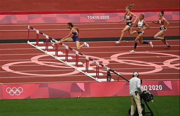 Runner advances to semi-final of women's 400m hurdles at Tokyo Olympics