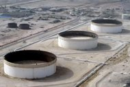 US imposes new sanctions on Iran oil sector
