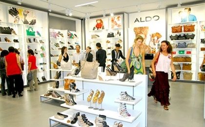 VN enterprises, consumers more optimistic in future prospects: surveys