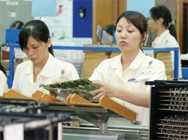 Vinh on charm  offensive to Korea