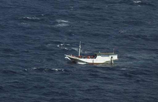 Six found alive from missing Indonesia asylum boat