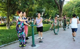 Hà Nội suburbs await outdoor gyms, playgrounds