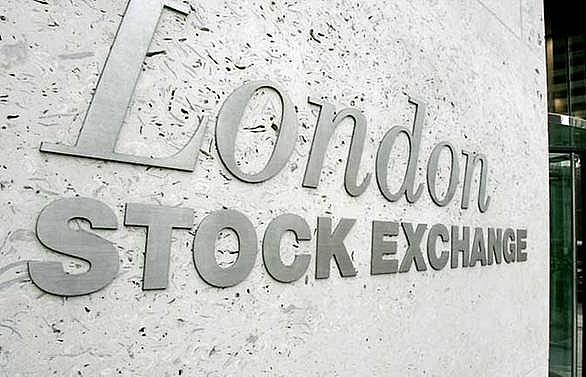 European stocks climb, oil falls as trade tensions ease