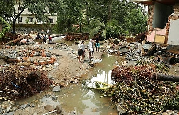 India flood toll jumps to 106, nearly 150,000 homeless: Officials