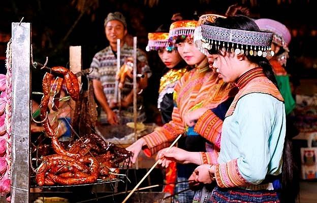 Fansipan in charming rice season