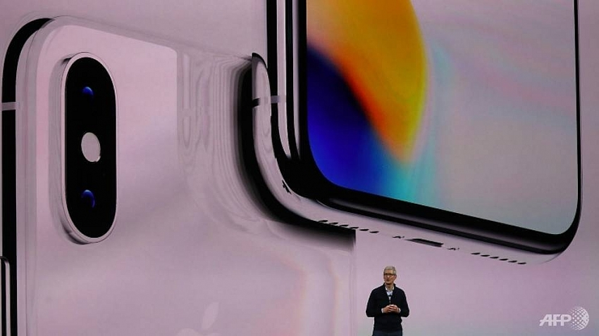 apple expected to unveil new iphones at sep 12 event