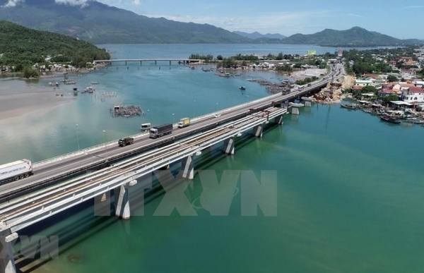 hai van tunnel 2 project to be completed in 2020
