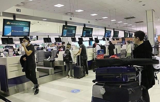 More than 340 Vietnamese citizens flown home from Australia