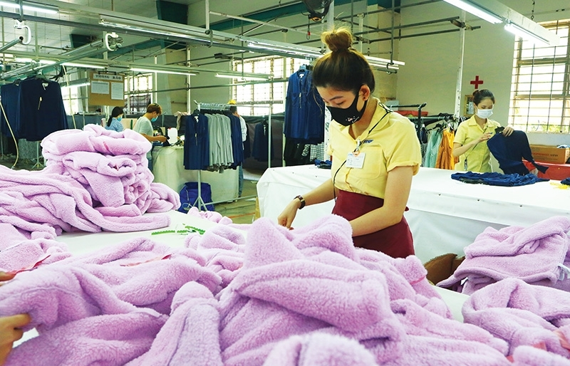 Garment and footwear await EU orders with bated breath