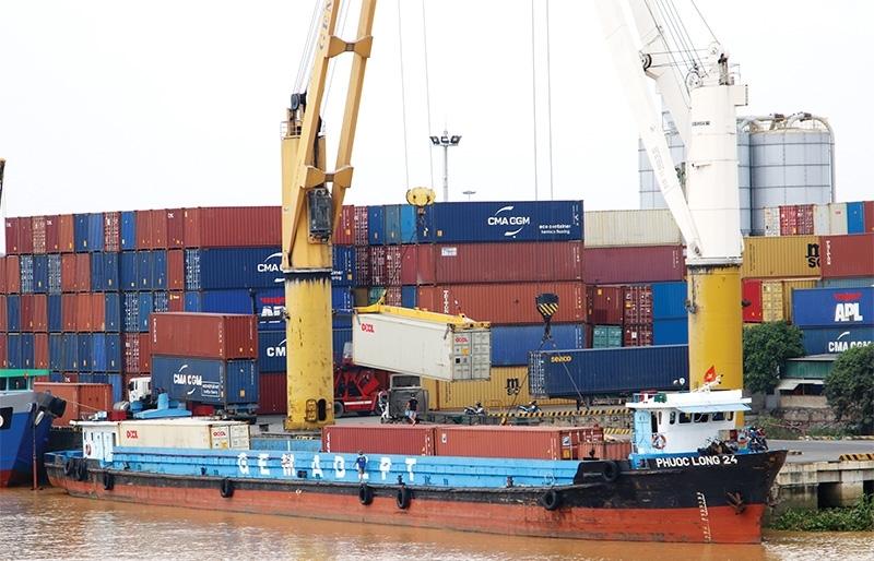 Logistics groups strive to exploit EVFTA potential