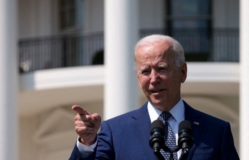 Biden targets half of US car sales to be zero-emission by 2030