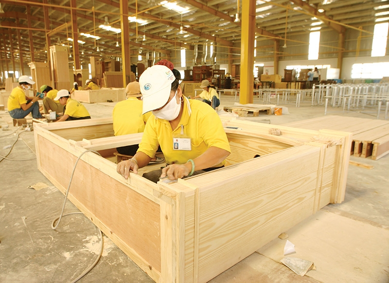 Wood industry at crossroads to engineer survival strategy