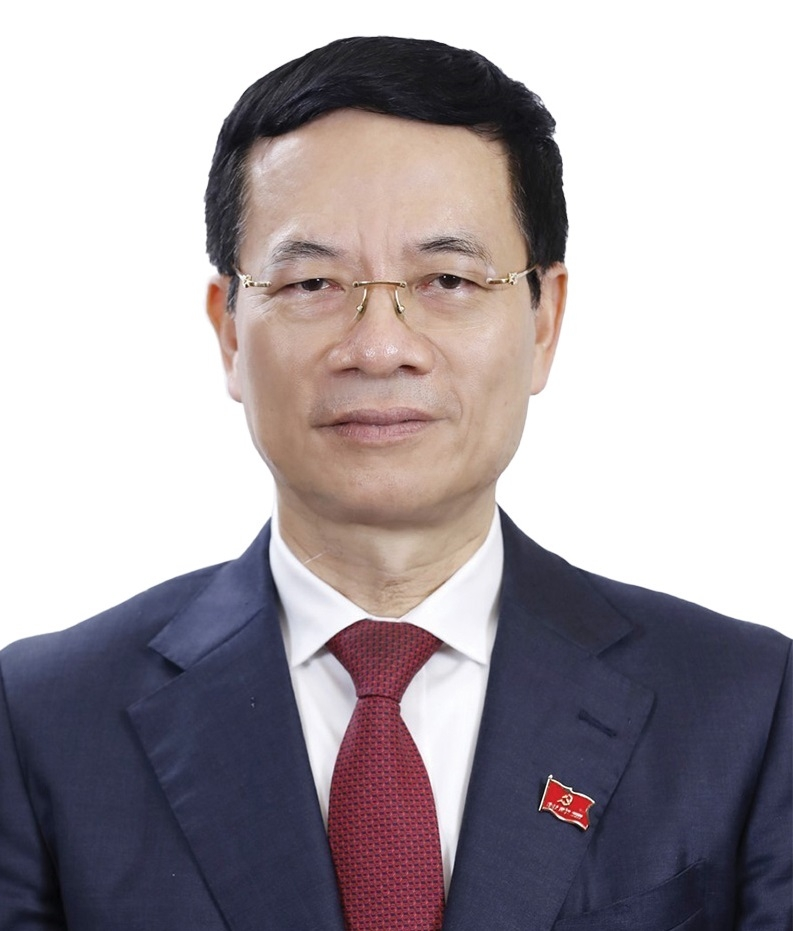 Nguyen Manh Hung, Minister of Information and Communications