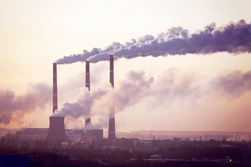 Coal-fired power plants are still an important part of Vietnam's development, Photo: Shuttlestock