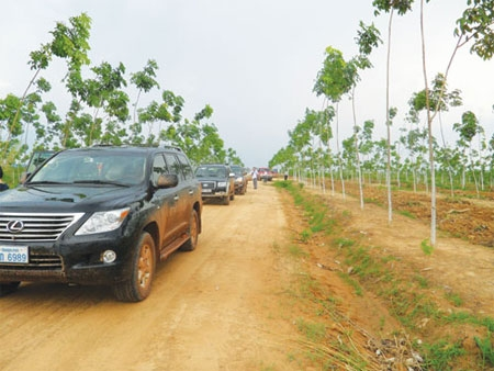Vietnam seeking to top among foreign investors in Laos