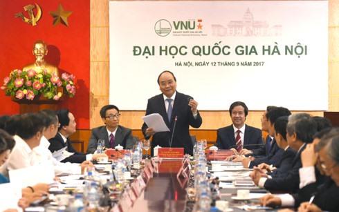 PM urges accelerating university project in Hòa Lạc